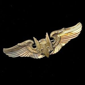 Vintage Sterling WWII Bomber Pilot Aviation Pin